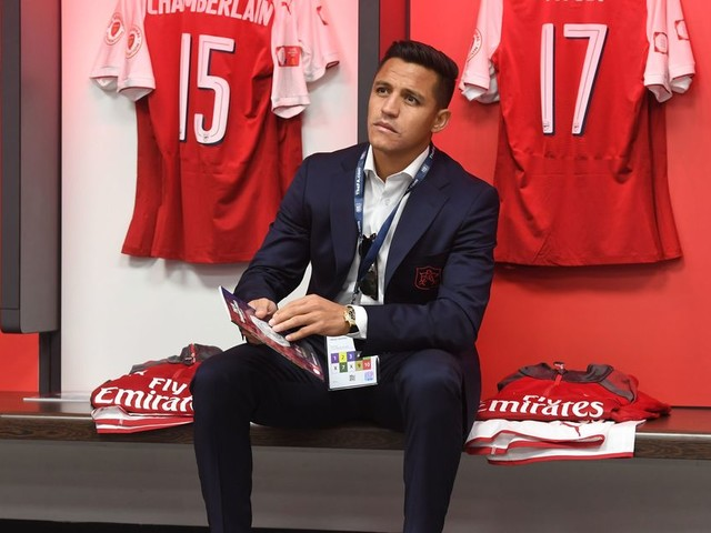 What Man City squad number could Alexis Sanchez wear?