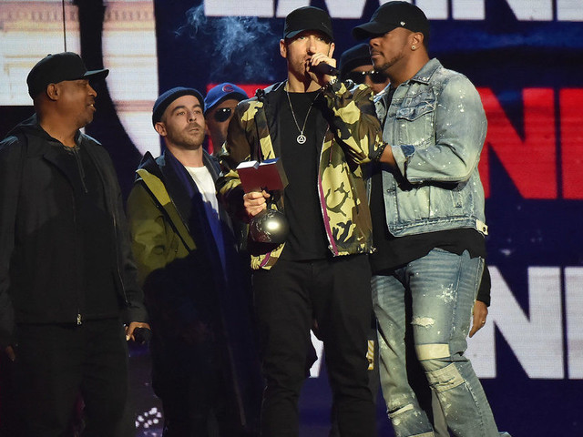 MTV EMAs 2017: Even Eminem Seemed Confused About How He Managed To Win Best Hip-Hop Artist