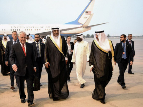 Tillerson looks to defuse Qatar crisis on Gulf tour