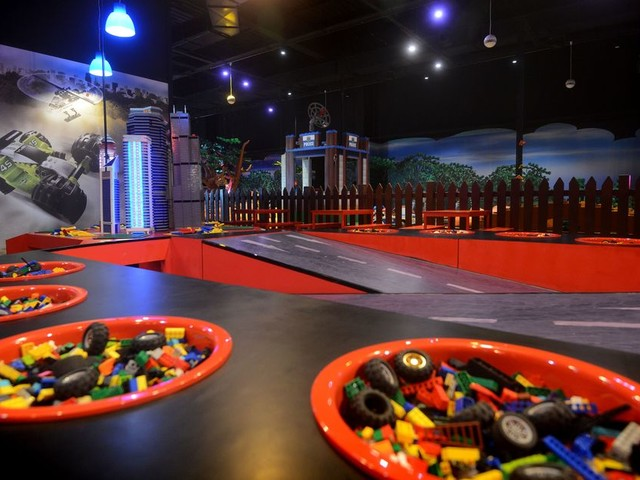 'What a bl**dy joke': Parents slam Legoland for cutting term time opening hours