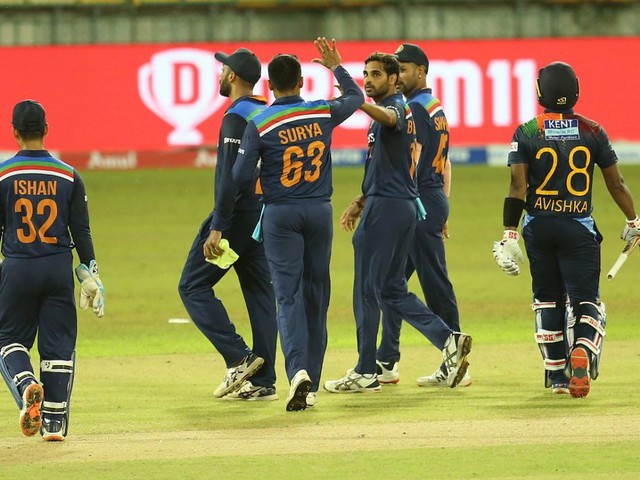 Indian contingent leaves Sri Lankan shores, Krunal Pandya remains in isolation