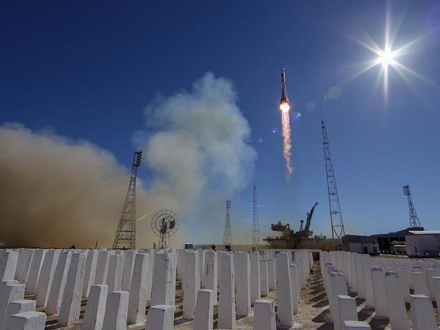 Astronauts make emergency landing as engine fails on Soyuz rocket