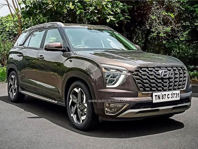 Hyundai Alcazar bookings cross 11,000 units milestone