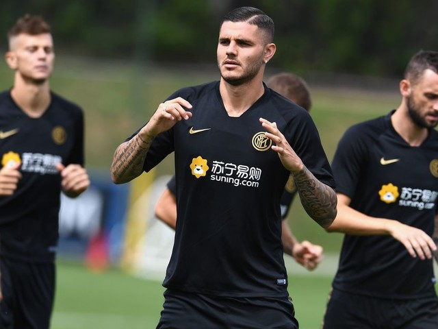 AC Milan tried to sweep Icardi from Inter
