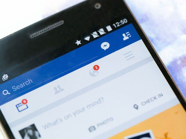 Facebook tests removing publishers from News Feed—unless they pay