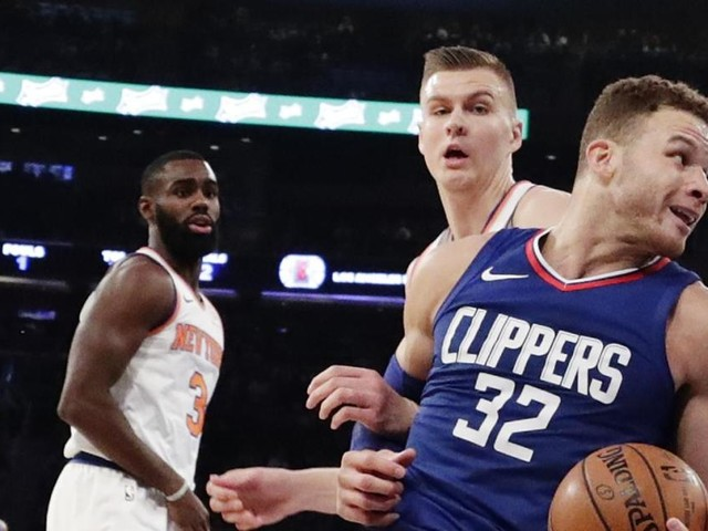 Porzingis outplays Griffin as Knicks dominate Clippers, 107-85
