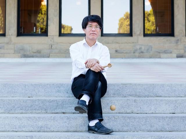 Tadashi Tokieda Finds Startling Objects in Plain Sight