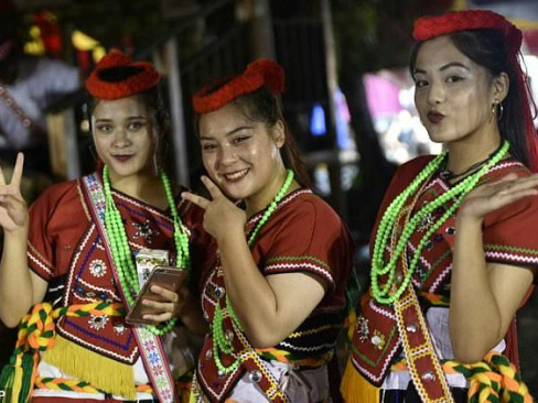 Girl meets boy: Taiwan's tribal matchmaking festival
