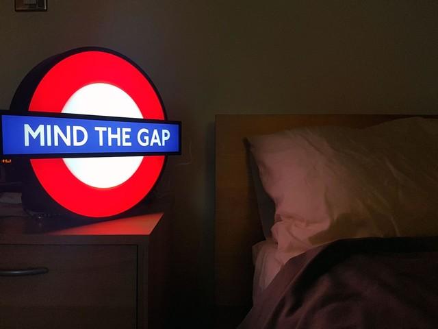 London Underground's glowing tube roundel picks up an award