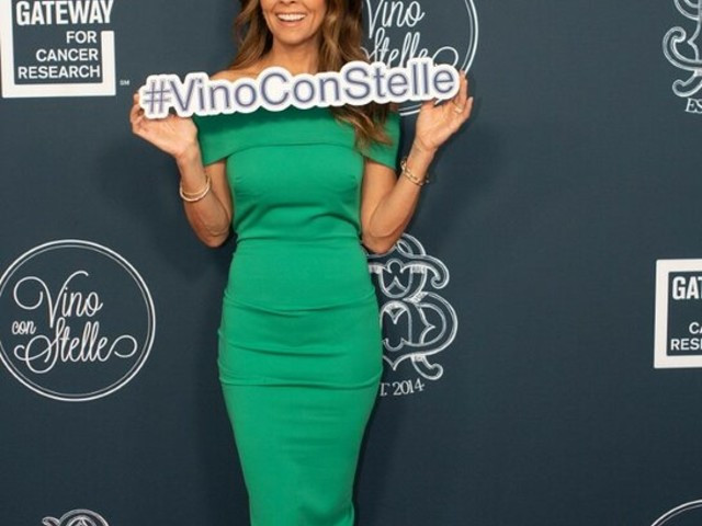 Brooke Burke and Michael Bolton Attend Gateway For Cancer Research 3rd Annual Vino con Stelle