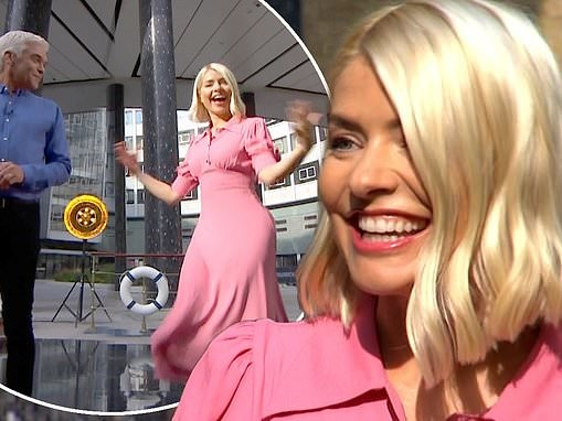 Holly Willoughby taps dances after returning to This Morning following summer break