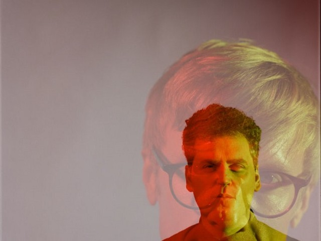 LISTEN: New Simian Mobile Disco