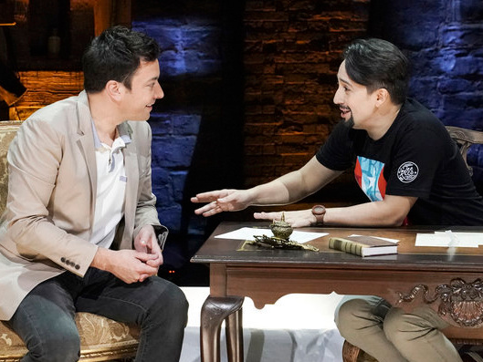 Watch Jimmy Fallon Interview Lin-Manuel Miranda on the 'Hamilton' Stage in Puerto Rico!