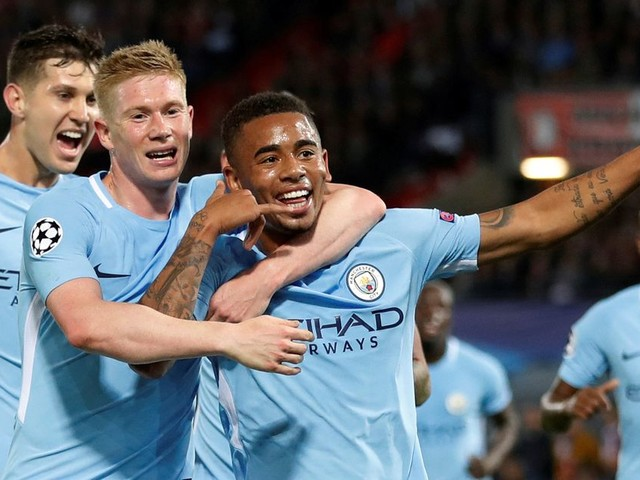 Feyenoord mismatch a breeze for Manchester City on windy Champions League night when kit-clash was their biggest problem