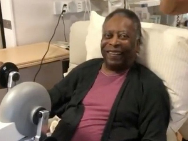 Brazil legend Pele 'fighting fit' as daughter shares touching video from hospital