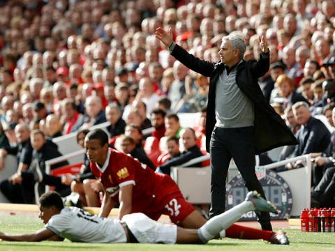Man Utd held at Liverpool as Mourinho parks bus