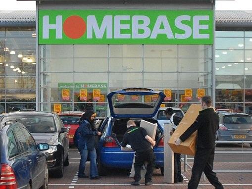 Stricken Homebase raids B&Q for new directors as it launches survival plan