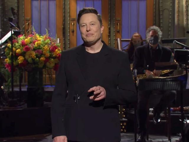 'SNL': No, Elon Musk Isn't the First Host With Asperger's (Video)