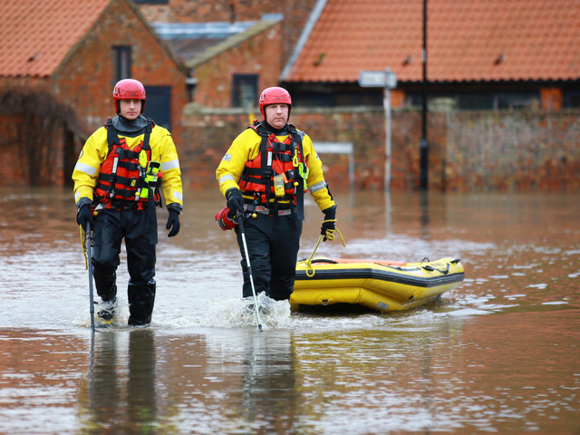 UK weather forecast – Five 'danger to life' warnings still in place as Met Office forecasts MORE floods
