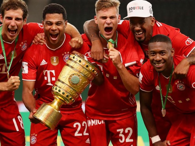 Lewandowski passes 50-goal mark as Bayern win German Cup