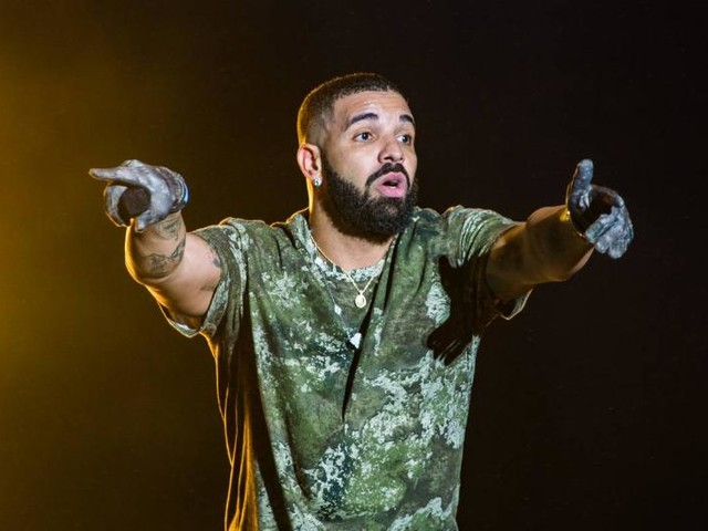 Drake Dominates The Hot 100 With 21 Tracks Charting
