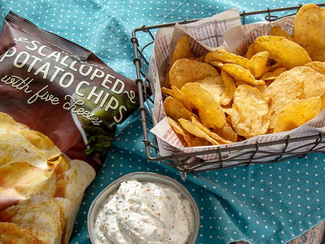 Five-Cheese Potato Chips - Trader Joe's Scalloped Potato Chips with Five Cheeses are a Savory Snack (TrendHunter.com)