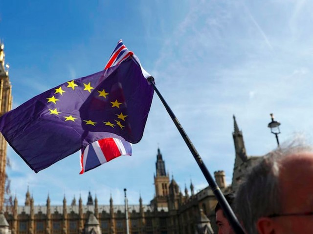 Poll finds support for Brexit has hit a new low