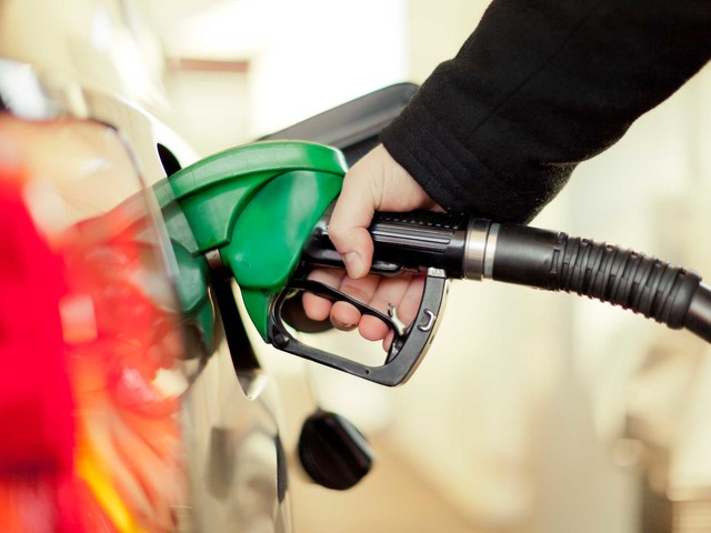 Asda slashes petrol prices again, but cuts should have come sooner says RAC