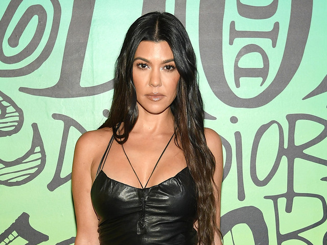 Here's the Truth On Those Kourtney Kardashian & Travis Barker Engagement Rumors