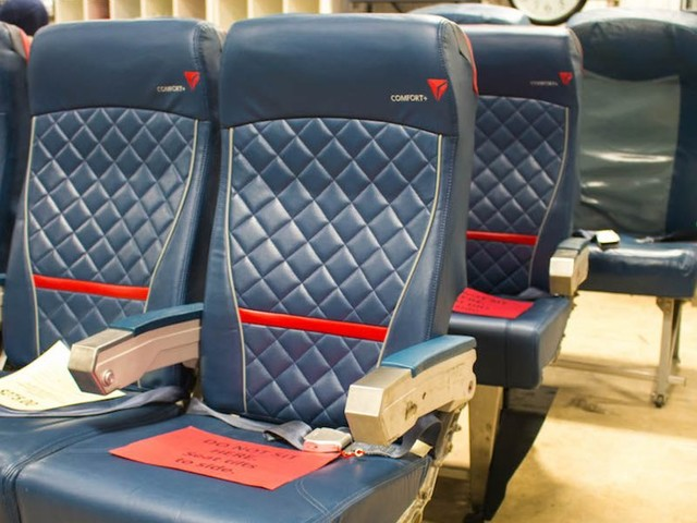 Delta has a monthly warehouse sale with everything from old seats to airplane toilets — here's all the vintage aviation gear you can buy (DAL)