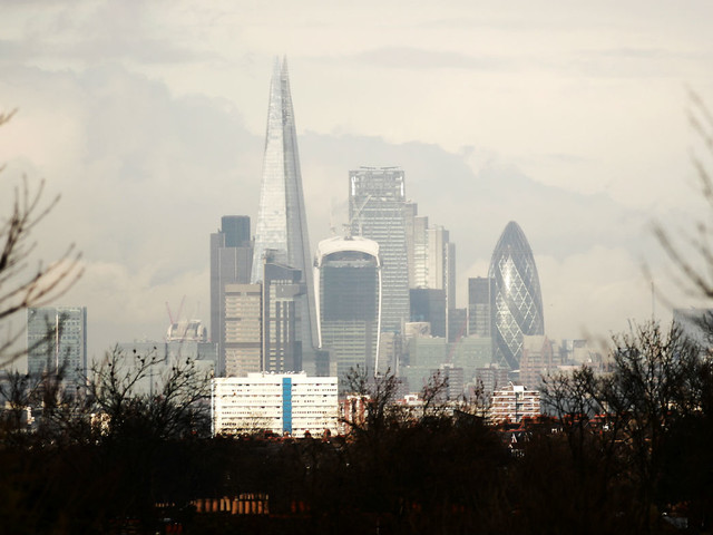 Air pollution more deadly than smoking, says report