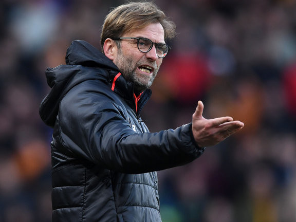 Liverpool boss goes for it, Arsenal chief springs selection surprise