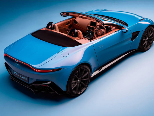 New Aston Martin Vantage Roadster gets fastest production roof