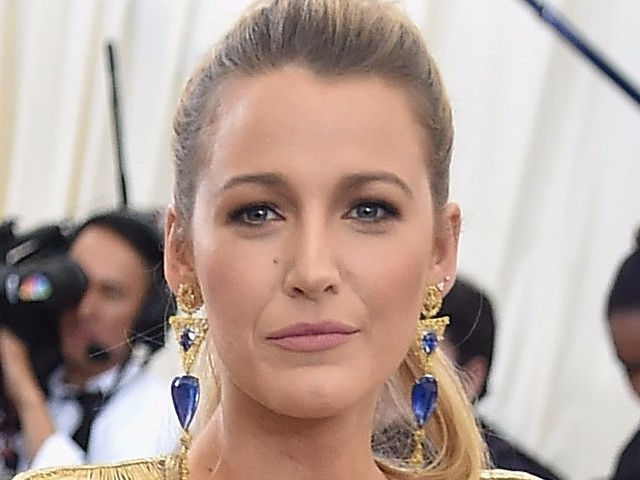 Blake Lively was spotted with a new hair color —and it's her best transformation yet