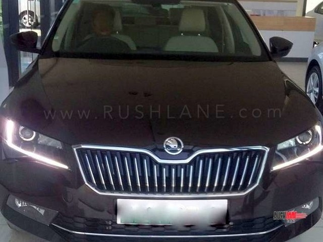 Skoda Superb EasyBuy launched in India with 57 percent buyback value