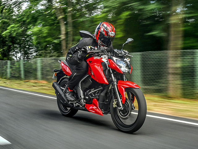 Review: 2020 BS6 TVS Apache RTR 160 4V review, test ride