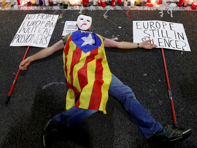 Catalonia Threatened With Suspension Of Autonomy As Spain Plans Move To Impose Direct Rule