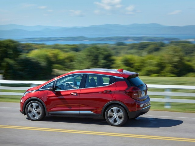 Range Wars: GM Tweaks the 2020 Chevrolet Bolt for Greater Distance