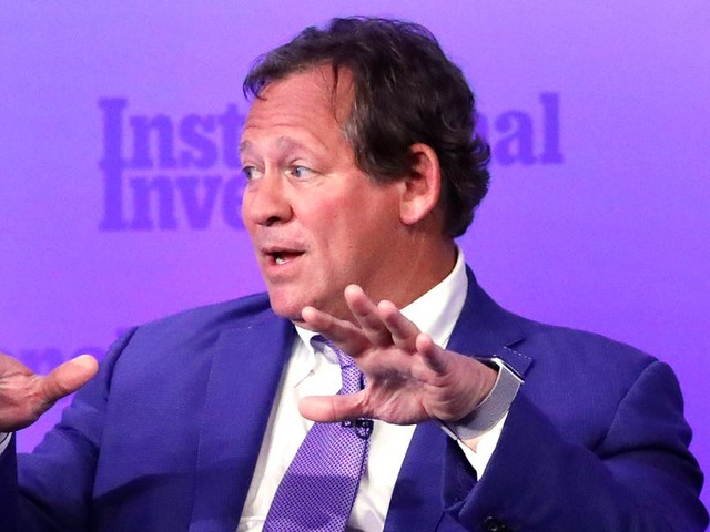BlackRock's bond chief breaks down the best way for US investors to profit from the growing $17 trillion pile of negative-yielding debt