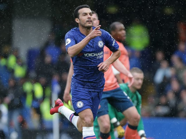 Juventus enter chase for Chelsea veteran Pedro — report