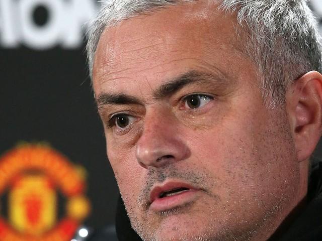 Manchester United reveal shocking truth behind Phil Jones injury