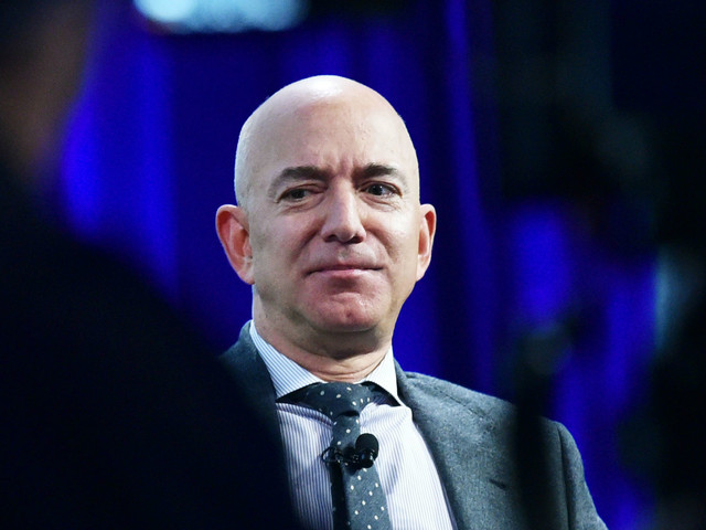 Amazon thrives during pandemic - but comes under pressure