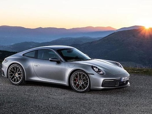 2019 Porsche 911 shown off in a new video
