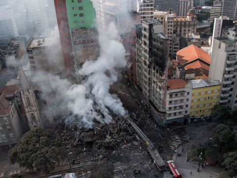 49 missing in Sao Paulo blaze building collapse: Firefighters (Updated)
