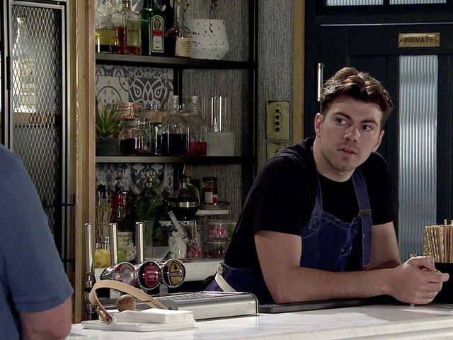 Corrie's Curtis confirms health bombshell - and fans are devastated