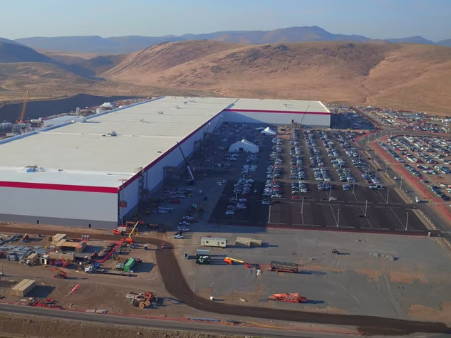 BAIRD: Tesla's Gigafactory is ramping up — and it hands the carmaker a huge advantage (TSLA)