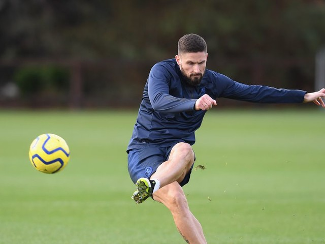 Giroud confirms intention to leave Chelsea in January