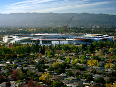 Apple Park opens its Visitor's Center