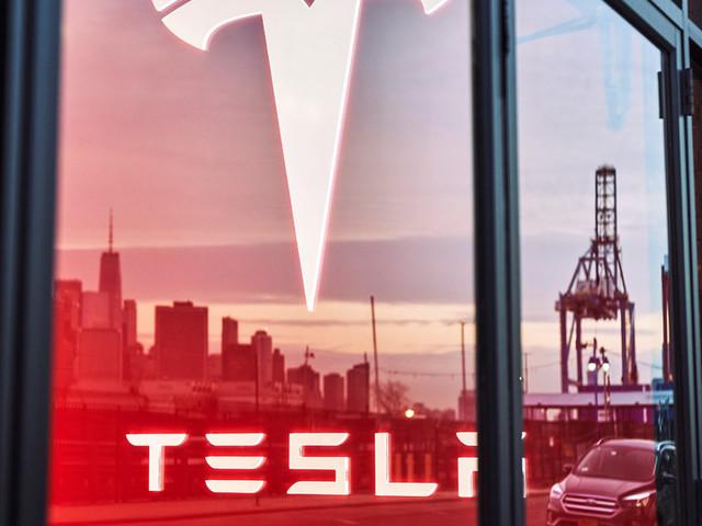 Tesla Faces a New S.E.C. Investigation