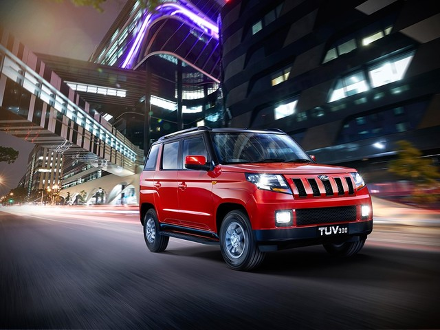 Mahindra TUV300 T10 Variant Launched With Added Features